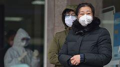 China eleva a 25 las muertes por la neumonía y cifra en 830 los infectados