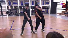 """OT 2020 - Rafa y Eli interpretan """"Bonita"""" en el segundo pase de micros de la Gala 2 de """"Operación Triunfo 2020"""""""