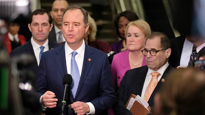 Los demócratas presentan el cargo de obstrucción contra Trump entre nuevas revelaciones de la trama ucraniana