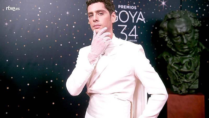 Premios Goya - Eduardo Casanova, uno de los más atrevidos en la cámara glamur de los Goya