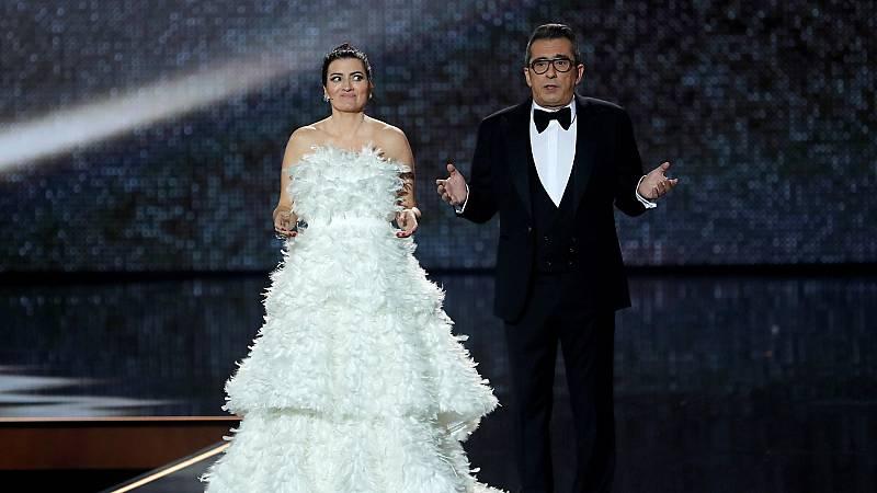 Andreu Buenafuente y Silvia Abril presentan los Goya con un monólogo de humor en el que no falta la actualidad política