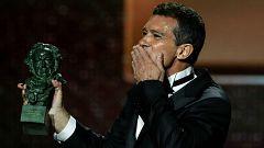 Corazón - Antonio Banderas recoge el Goya en el aniversario de su ataque al corazón