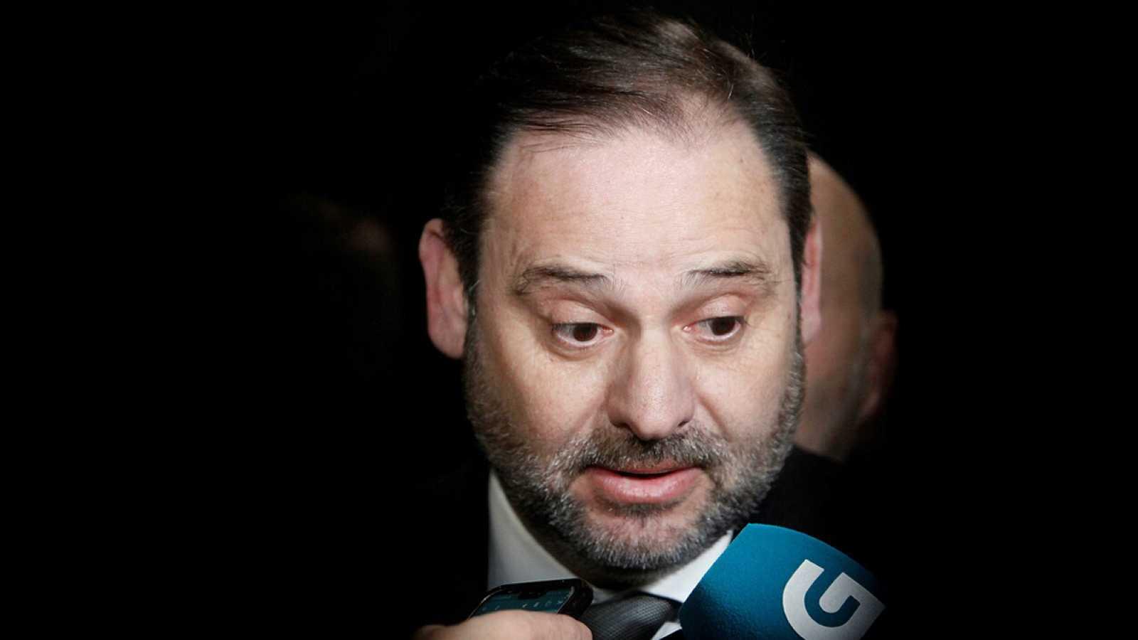 """Ábalos afirma que se vio con la vicepresidenta de Venezuela durante 25 minutos pero que """"no abordó ningún tema"""""""