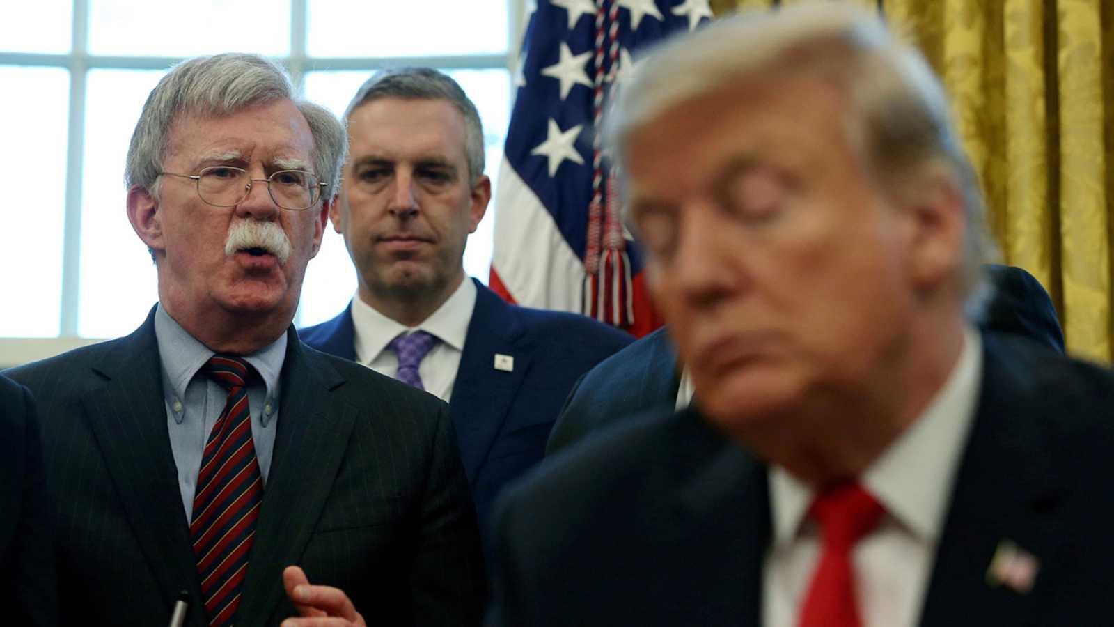 La defensa de Trump carga contra el 'impeachment' y los Biden ante la amenaza del testimonio de Bolton