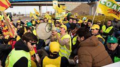 La Mañana - Agricultores aragoneses salen a las calles a protestar