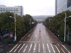 Los españoles en Wuhan, pendientes de su repatriación