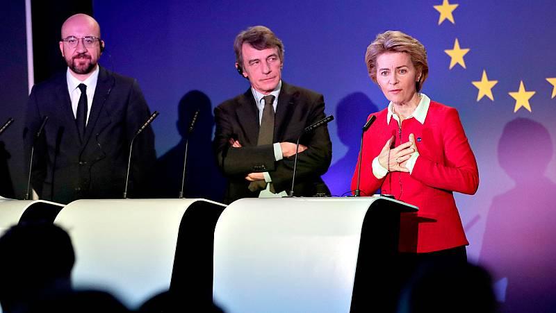 El presidente del Consejo Europeo, Charles Michel, el presidente del Parlamento Europeo, David Sassoli, y la presidenta de la Comisión Europea, Ursula von der Leyen