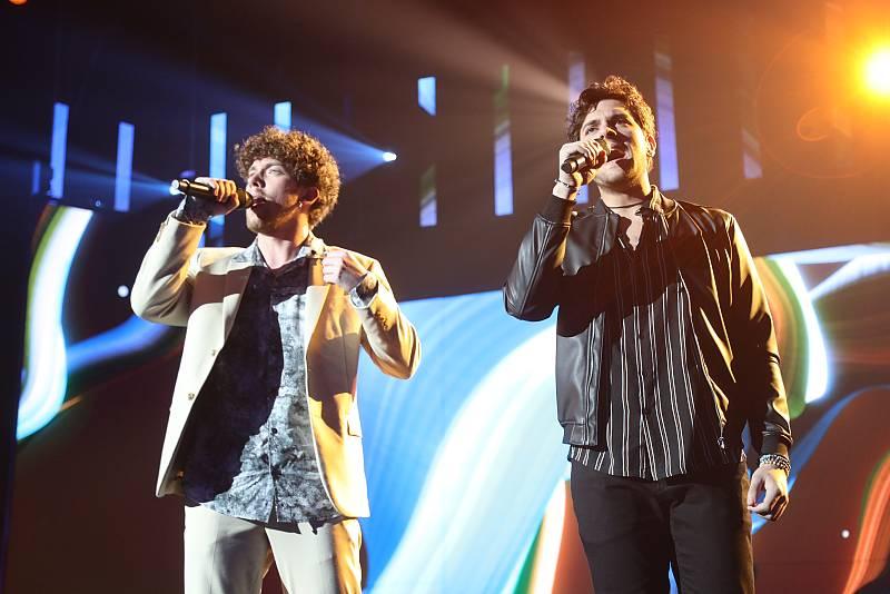 """Javy y Jesús cantan """"Tu Frialdad"""", de Triana, en la Gala 3 de Operación Triunfo 2020"""