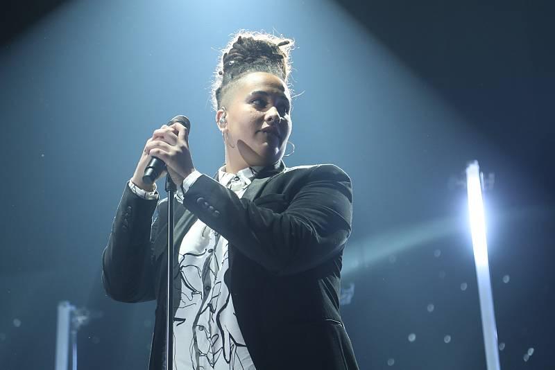 Eli canta Mama Do (Uh Oh, Uh Oh), de Pixie Lott, en la Gala 3 de Operación Triunfo 2020