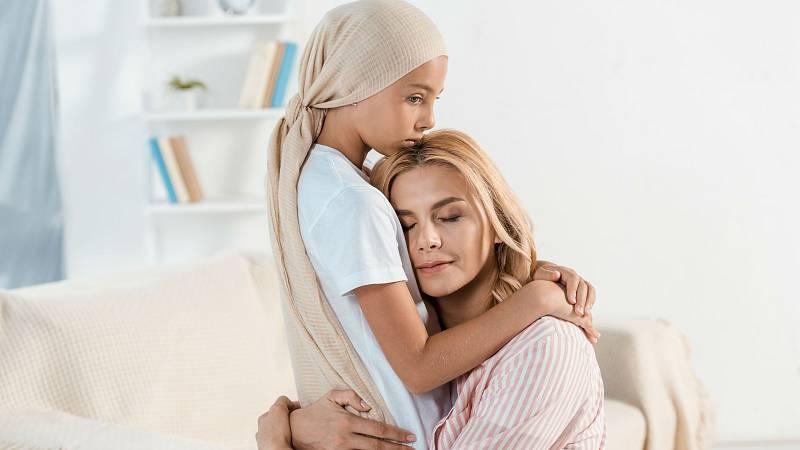 Las familias asumen el coste del tratamiento del cáncer