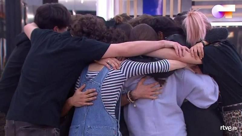"""OT 2020 canta """"Díselo a la vida"""", de Rafa, en el primer pase de micros de la Gala 4 de Operación Triunfo 2020"""