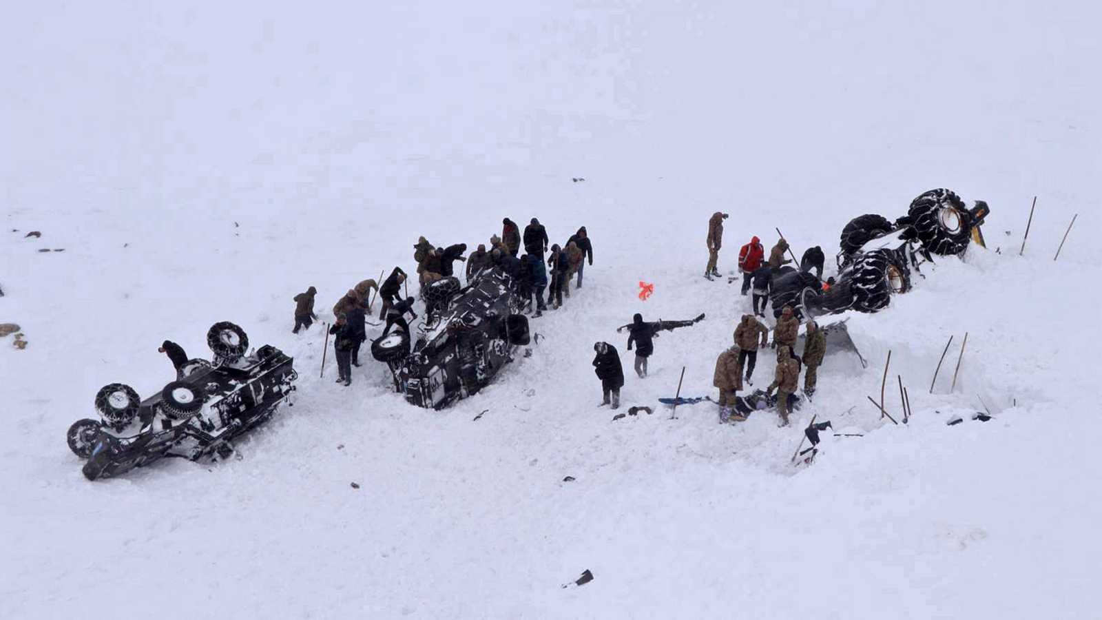 Al menos 38 muertos en dos avalanchas en Turquía