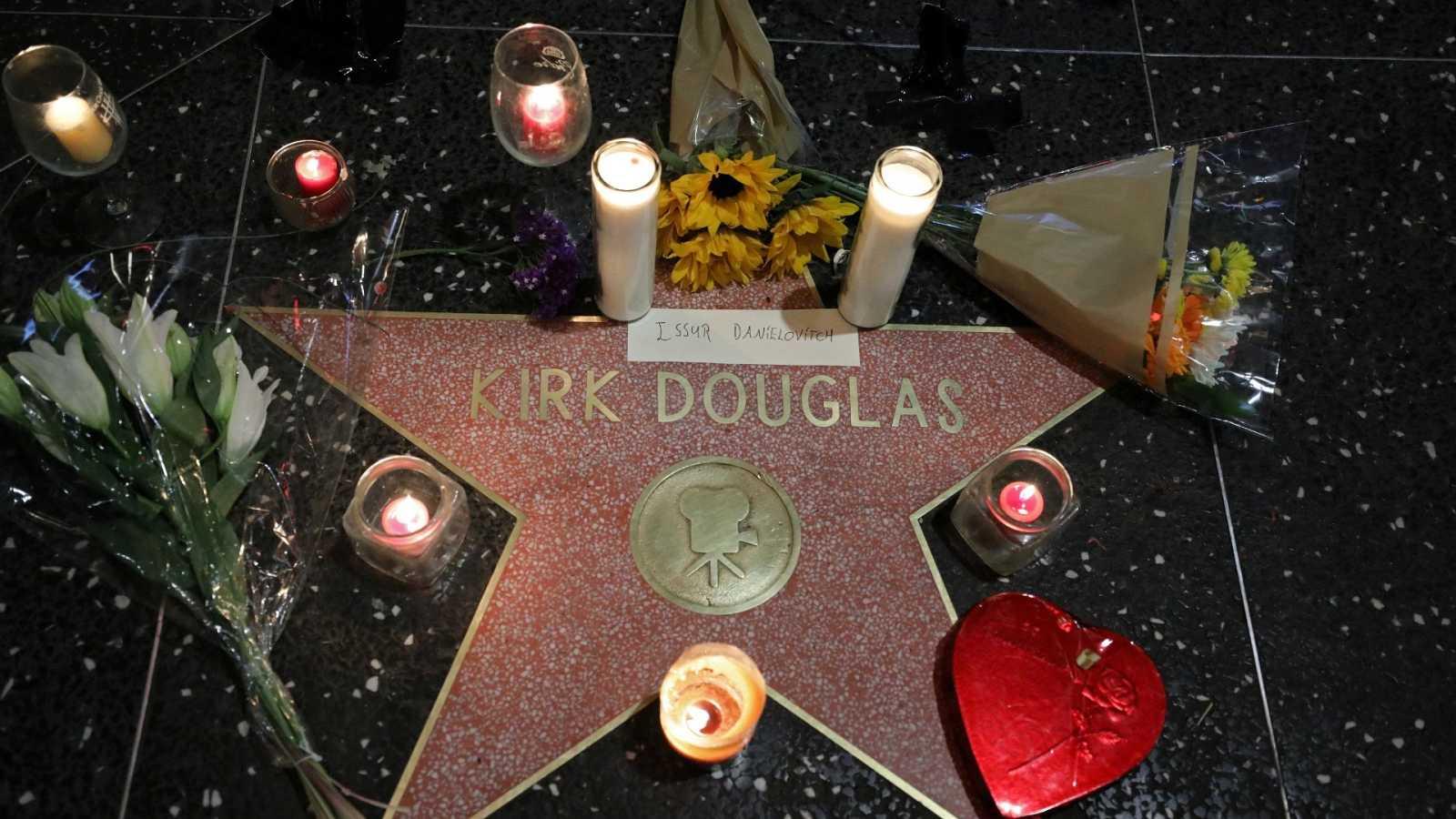 Corazón - Kirk Douglas: Hollywood llora la muerte del actor a los 103 años