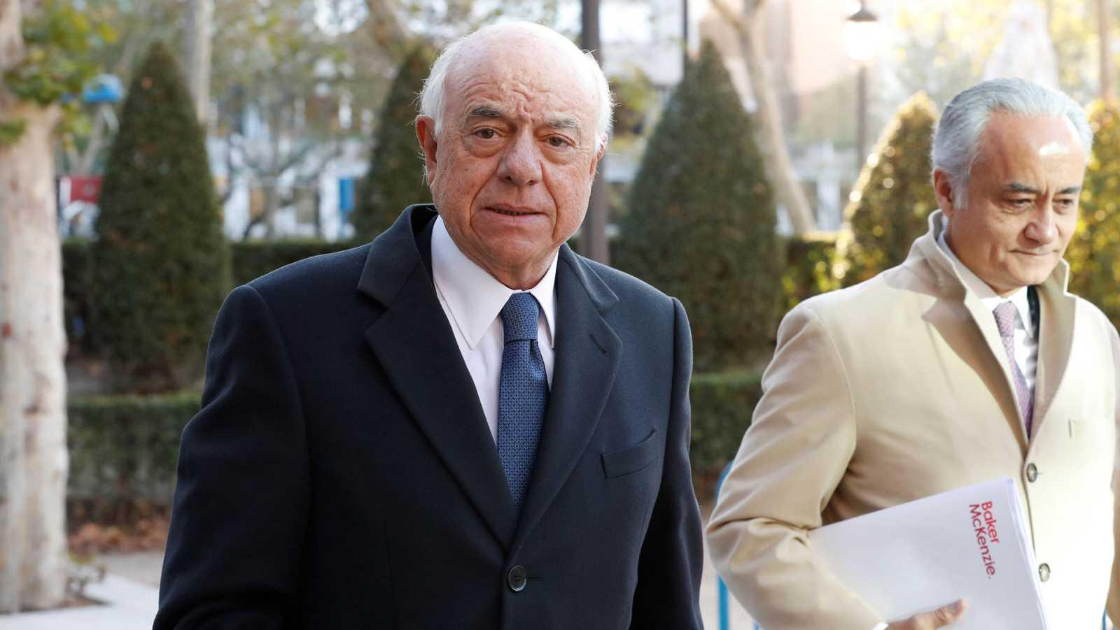 Francisco González dijo al juez que el exministro Solbes le avisó de que Sacyr quería hacerse con el BBVA
