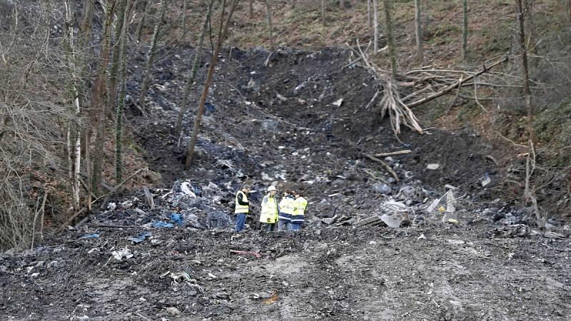 Se reanuda la búsqueda de los dos desaparecidos en Bizkaia tras el derrumbe de un vertedero
