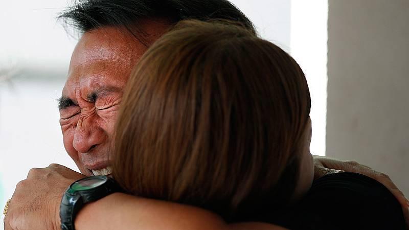 Dolor de los familiares de las víctimas del tiroteo en Tailandia