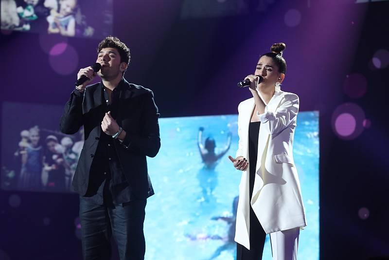 """Anajú y Javi cantan """"Amor eterno"""", de Rocío Dúrcal, en la Gala 4 de Operación Triunfo 2020"""