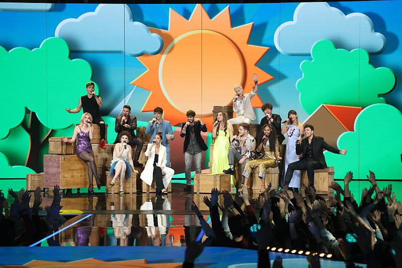 """OT 2020 canta """"Díselo a la vida"""", de Rafa Romera , la canción grupal de la Gala 4 de Operación Triunfo 2020"""
