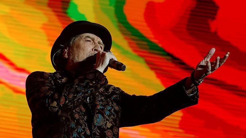 La caída de Sabina del escenario en su concierto junto a Serrat en Madrid