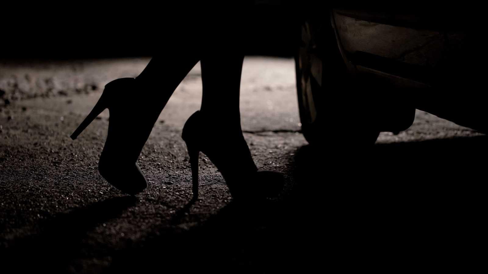 Francia reabre el debate sobre la legalización de la asistencia sexual a personas con discapacidad