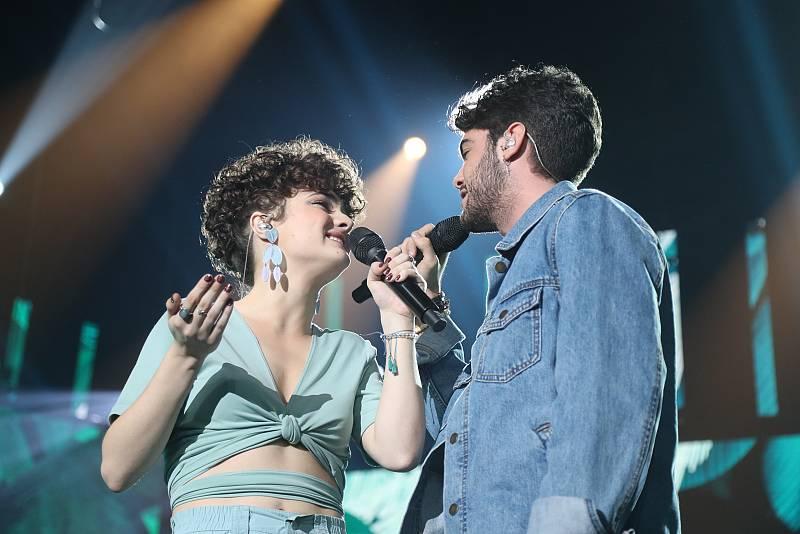 """Anne y Rafa cantan """"Looking For Paradise"""", de Alejandro Sanz y Alicia Keys, en l Gala 5 de Operación Triunfo 2020"""