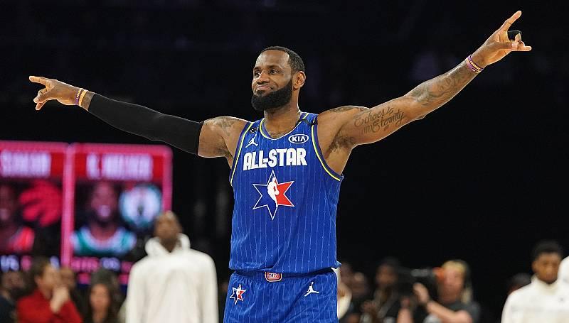El equipo de LeBron James se lleva el All Star más emotivo