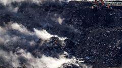 Derrumbe en el vertedero de Zaldíbar: continúa la alerta medioambiental y la búsqueda de los trabajadores