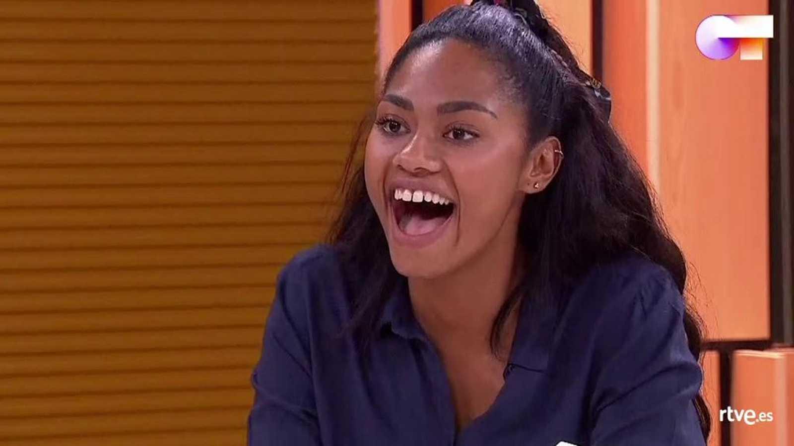 Nia recibe la noticia de que cantará con Estrella Morente en la Gala 6