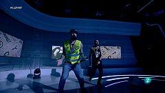 """Def Con Dos interpreta """"Pégale al ruido"""" en La 2 Noticias"""