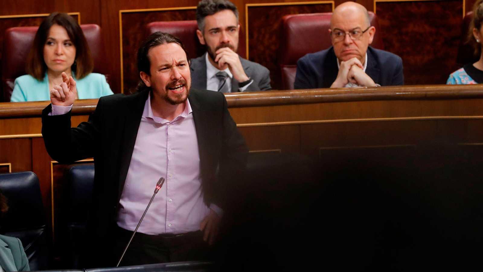 """Iglesias estalla contra el PP, al que reprocha """"descojonarse"""" al hablar de niñas prostituidas"""