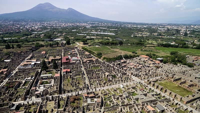 La Unesco advirtió a Italia en 2013 de que debía hacer mucho más para conservar Pompeya, afectada por graves deterioros y falta de mantenimiento... Un año después se puso en marcha un plan europeo de recuperación que ha permitido reabrir algunas joya