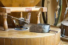España Directo - El molino que continúa moliendo de forma artesanal