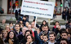 Portugal despenalizará este jueves la eutanasia con el país dividido