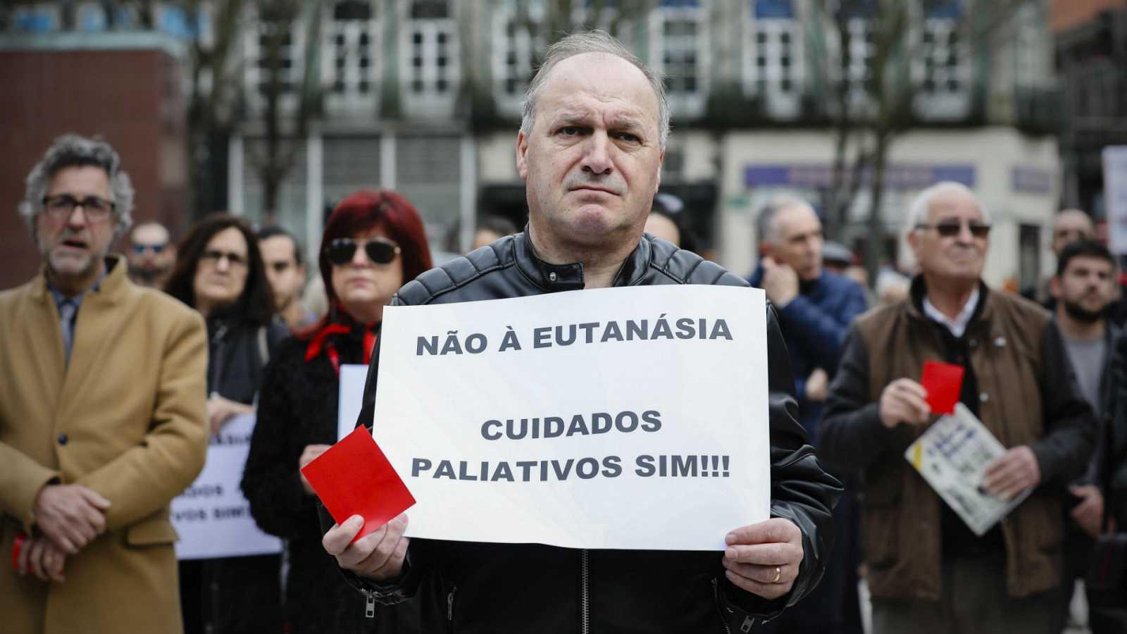 Portugal supera el primer trámite para legalizar la eutanasia