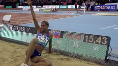 Yulimar Rojas bate el récord del mundo de triple salto en pista cubierta con un vuelo de 15,43