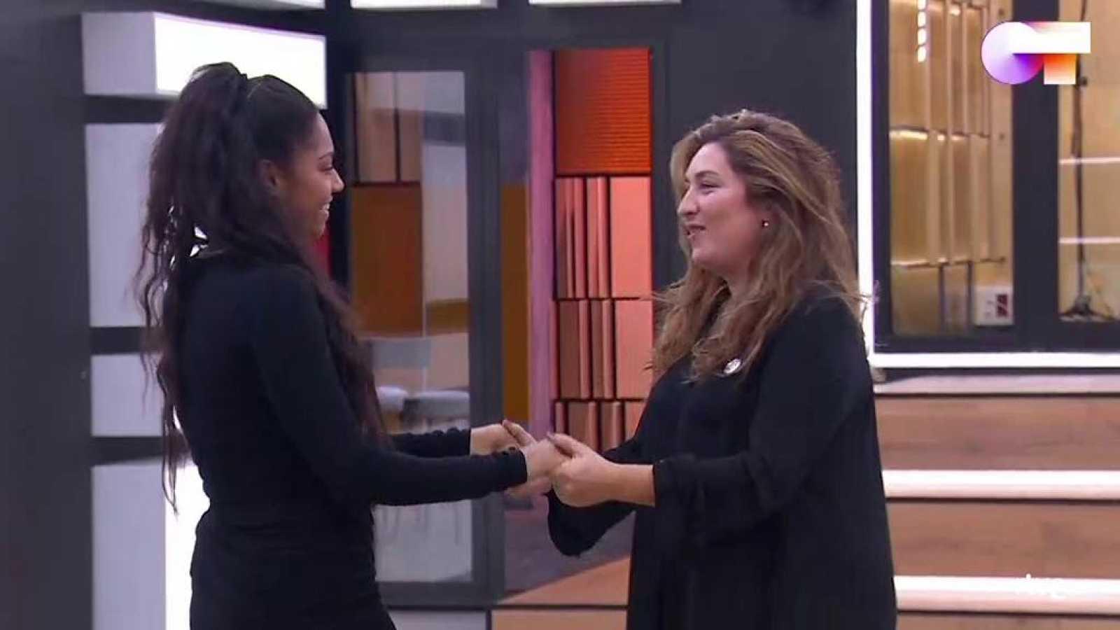"""Estrella Morente y Nia ensayan """"Volver"""" en la Academia"""