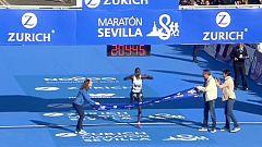Ayenew bate el récord del maratón Sevilla