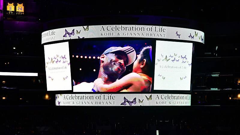 El Staples Center se despide de Kobe y Gianna Bryant