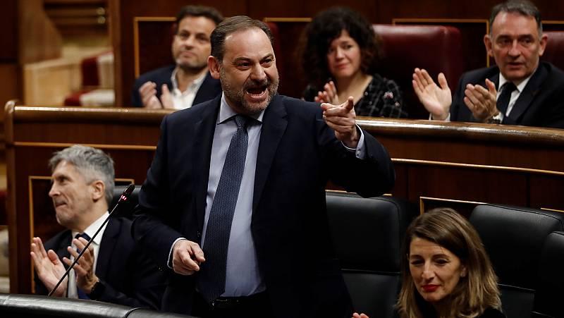 La respuesta de Ábalos por el caso Delcy desata los gritos de dimisión en la oposición y los aplausos de PSOE y Podemos