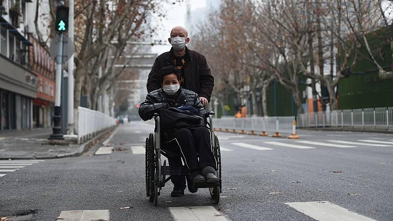 Bajan los infectados y fallecidos por coronavirus en China