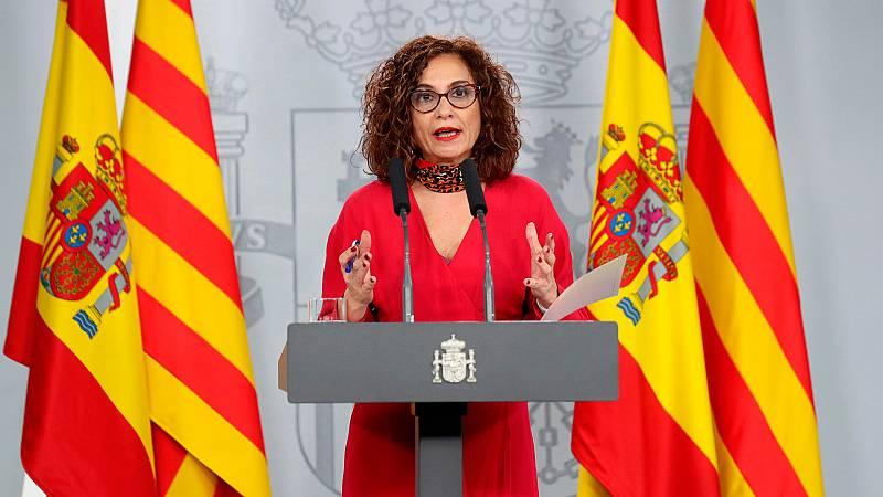 """Montero asegura tras la reunión que no esperan frutos """"a corto plazo"""" pero buscarán """"fórmulas imaginativas"""""""