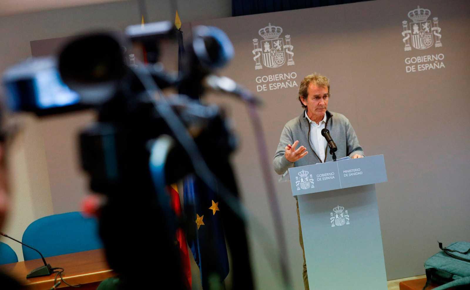 España mantiene el nivel de contención frente al coronavirus