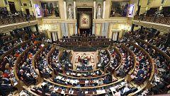 El Gobierno saca adelante la senda de déficit con la abstención de ERC y encauza los Presupuestos