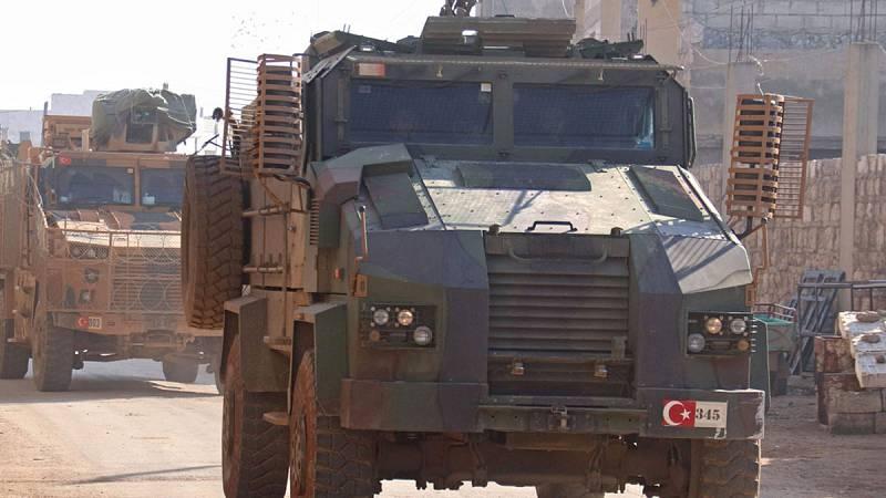 Al menos 33 soldados turcos mueren durante una intensa batalla contra el régimen sirio en Idlib