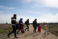 Crece la tensión en Siria por la muerte de soldados turcos y amenazan con abrir la frontera de Ankara