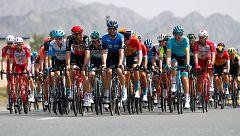 Los ciclistas del UAE Tour se quedan en Emiratos Árabes por el coronavirus