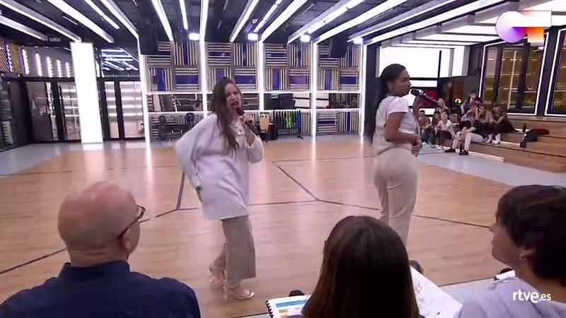 """Nia y Eva cantan """"Don't Start Now"""", de Dua Lipa, en el segundo pase de micros de la Gala 7 de Operación Triunfo 2020"""