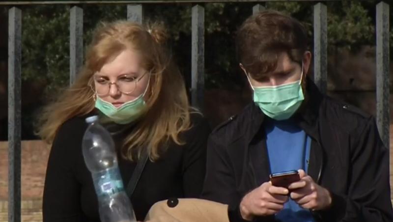 Los centros educativos enseñan cómo prevenir el contagio