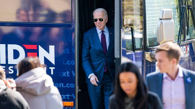 Sigue la carrera demócrata para elegir al rival de Trump en las presidenciales de noviembre