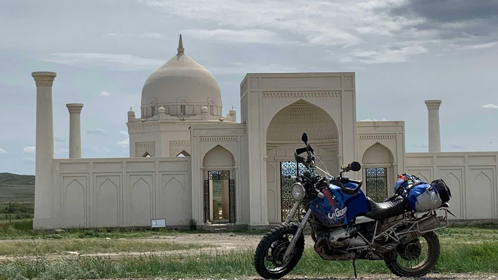Diario de un nómada - Las huellas de Gengis Khan: Semey, la ciudad nuclear - ver ahora
